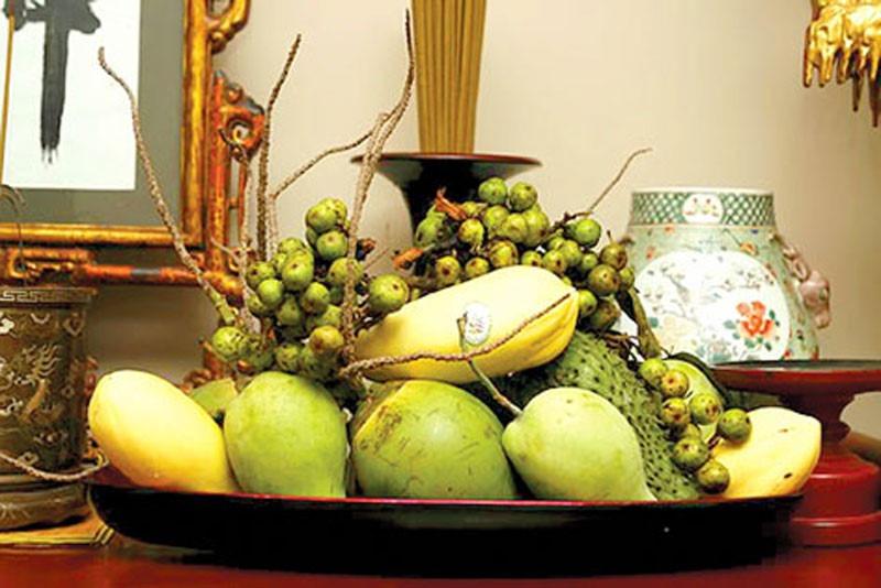 Mâm ngũ quả bày bàn thờ của người miền Nam