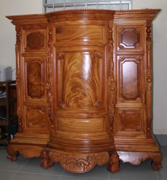 Lí do vì sao tủ thờ gỗ hương lại được nhiều gia đình lựa chọn 2