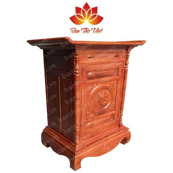 Mẫu tủ thờ ở Nam Định được làm hoàn toàn bằng gỗ tự nhiên