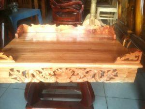 Những mẫu bàn thờ treo tường Mỹ Đình đẹp 1