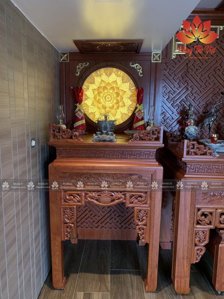 Mẫu vách ngăn bàn thờ và phòng khách hiện đại đẹp lung linh