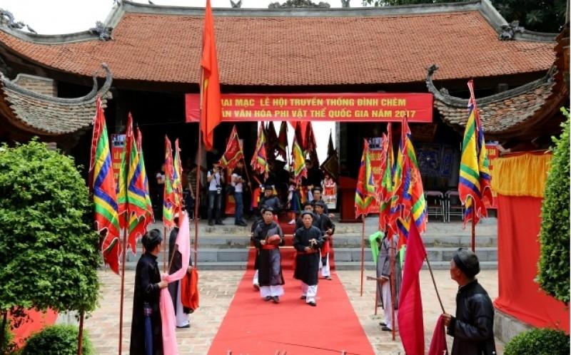 Phong tục thờ Thành Hoàng Làng của người Việt