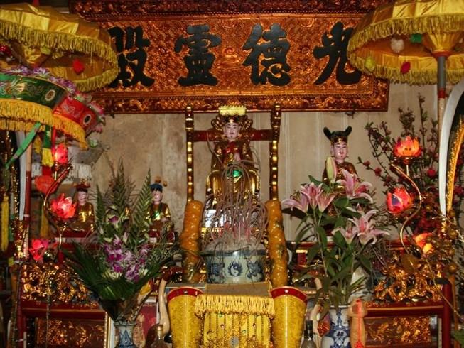 Phong tục thờ cúng Thổ Công và những điều cần biết