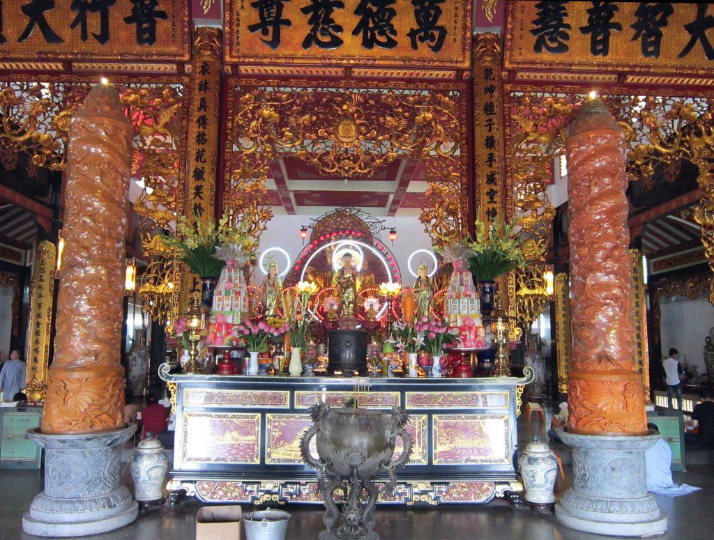 Cách thờ Phật A Di Đà tại nhà chuẩn không phạm điều tối kỵ - 291287